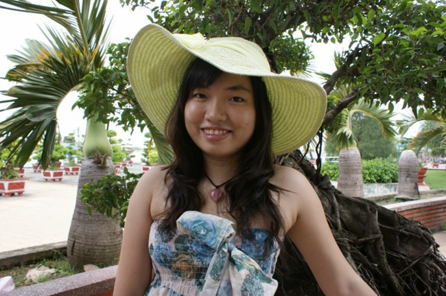 I'm Miss Phuong Tran Ngoc,  Ho Chi Minhstad VietNam