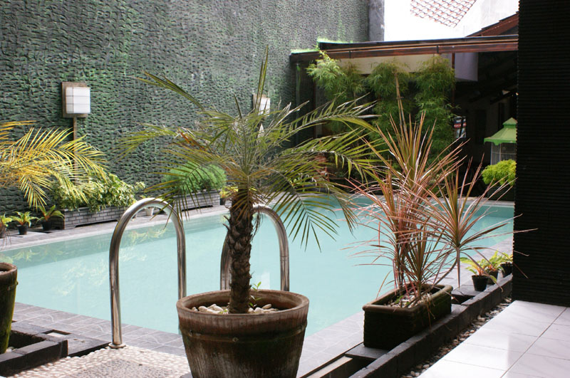 Guesthouse and Restaurant GadinG Yogyakarta Indonesia