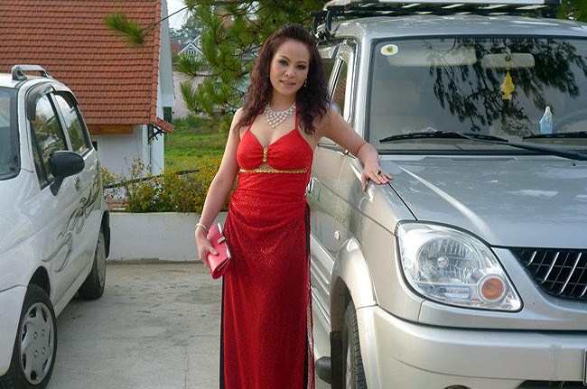 Miss Thuy Anh Nguyen. I'm looking for a man!