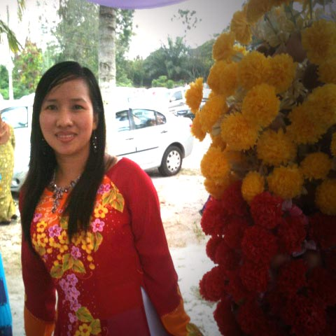 My name is Miss Diem Nguyen and the owner of  Hong Diem travel in Hanoi VietNam