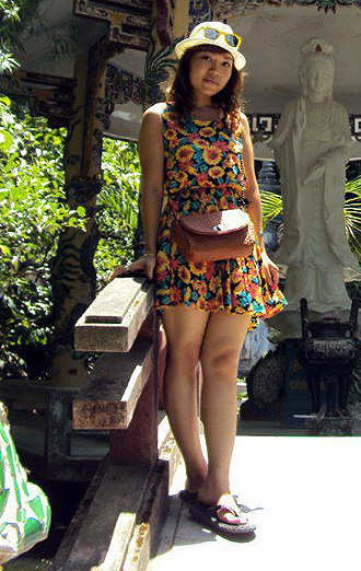 Vietnam Hanoi hostess Miss Mimi