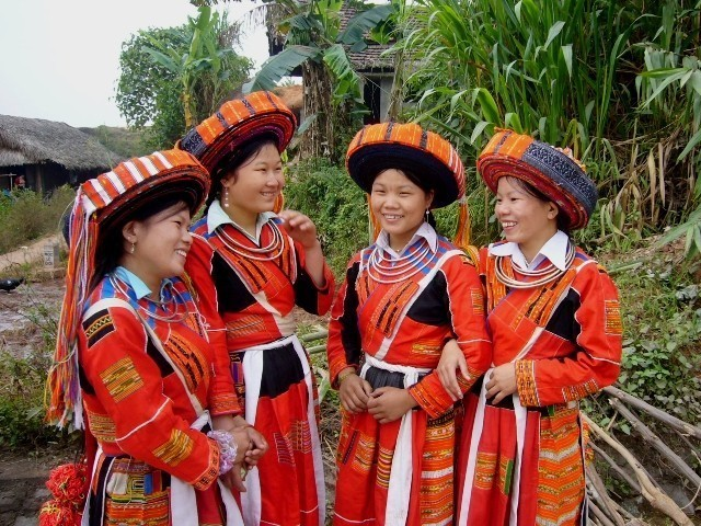 Pa Then Ethnic Group costume Vietnam