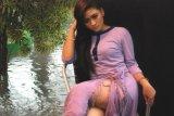 """WajahAsia December Lady - 2013 – SoiienyYa'claoudiana LorenzZa in: """"Photoshoot on the spot"""" Pazkul, Sidoarjo, Indonesia"""