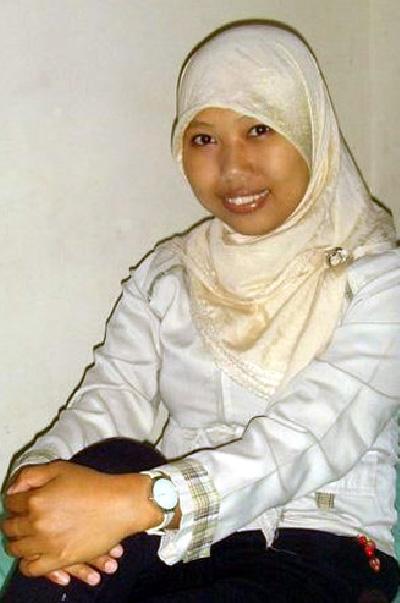 Miss Riza Rizki Isyana. I'm looking for Dutch friend